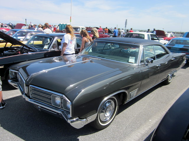 1968 buick wildcat 22nd annual cruisin 39 ocean city. Black Bedroom Furniture Sets. Home Design Ideas