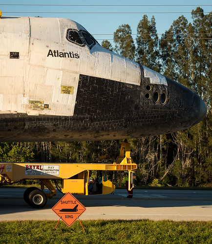 Space Shuttle Atlantis Move (201211020034HQ)   Space ...