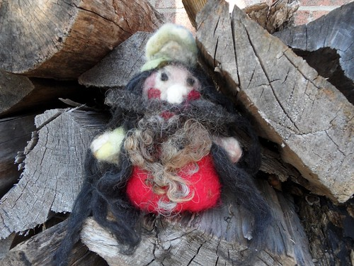 Hannah's felted gnome | by yarnloopie
