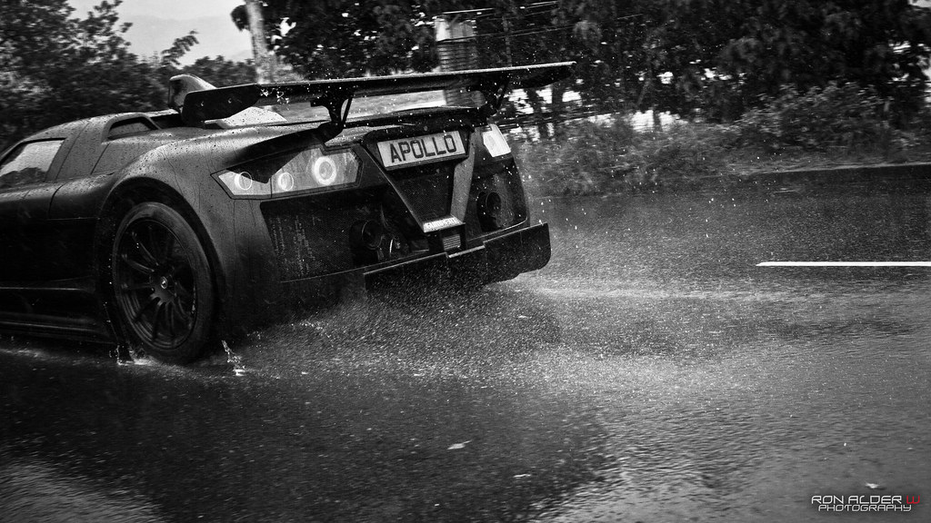 Gumpert Apollo S in the rain | ----Copyright @ 2012 Ron ...