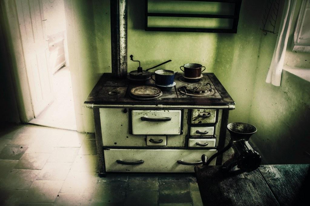 Old Farmhouse Kitchen 1910 Thomas Flickr