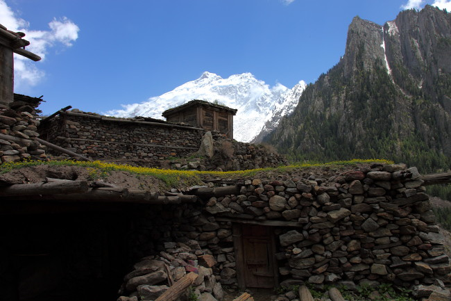 nothern areas of pakistan Gilgit-baltistan (northern areas), pakistan : gilgit-baltistan is an autonomous territory into the administrative structure of pakistan after a long history of administrative changes, currently it is composed by seven districts: gilgit,.