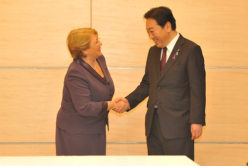 UN Women Executive Director Michelle Bachelet greets Japanese Prime Minister Yoshihiko Noda on the first day of her official visit to Japan from 12 to 14 November 2012 | by UN Women Gallery