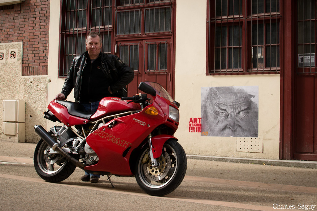 Ducati 600 S... Ducati