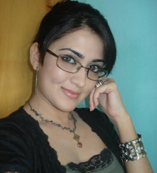 Mose-Beautiful-And-Hot-Iranian-Girl  Sukhram2012  Flickr-7742