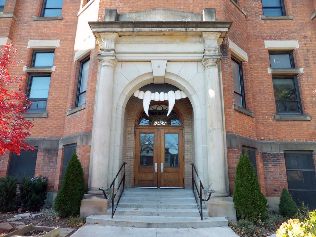 Front door fangs The Earl Kitchener School | by .JCM. & Front door fangs The Earl Kitchener School | Joe | Flickr