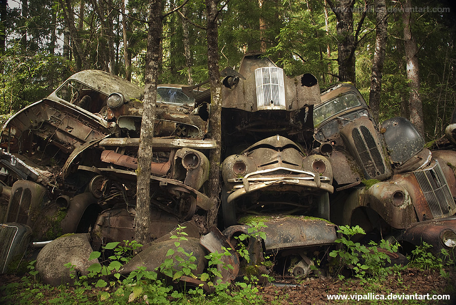 car cemetery sweden somewhere hidden in a swedish forest flickr. Black Bedroom Furniture Sets. Home Design Ideas