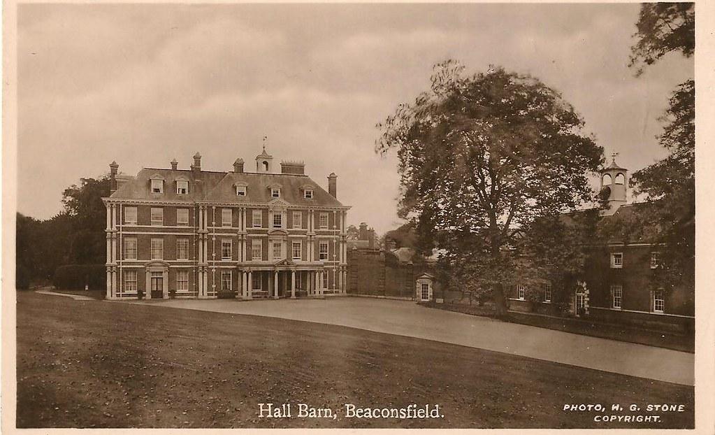 Run A Crooked Mile Location Hall Barn Beaconsfield
