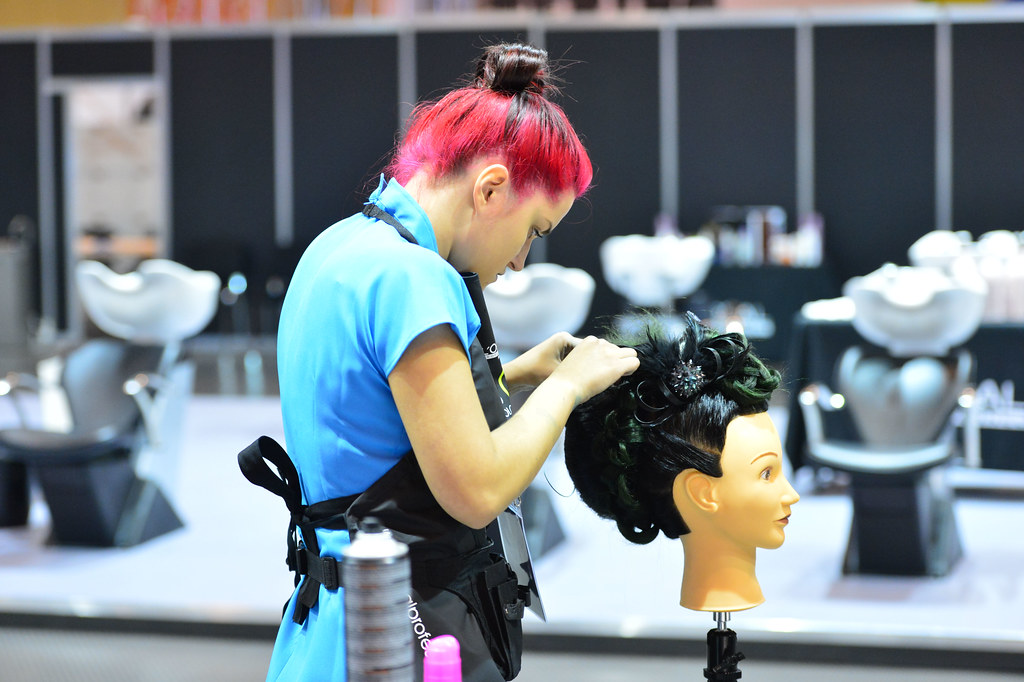 Hairdressing Jobs In Hotels Abroad