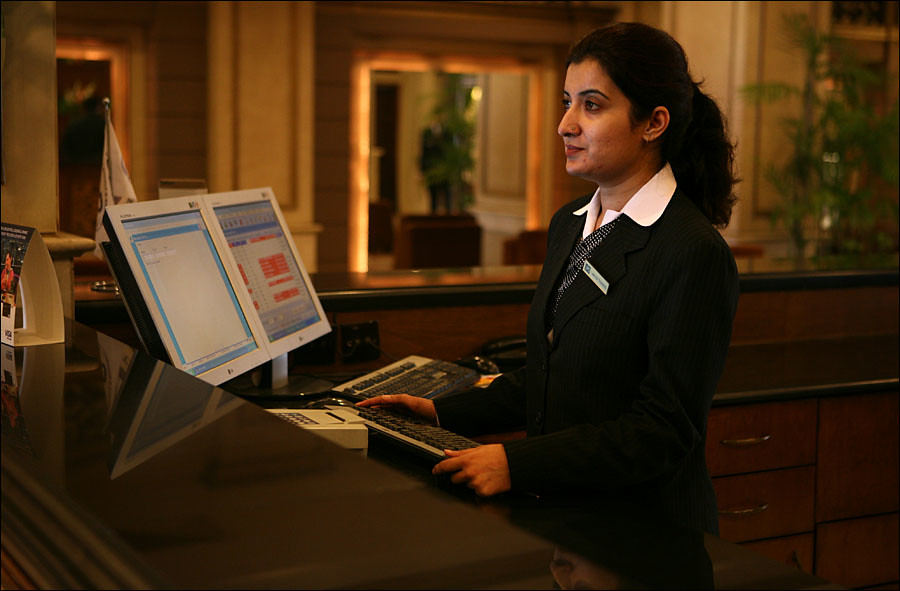 Hotel Clerk Jobs Montreal