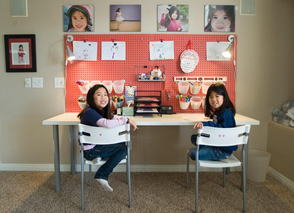 kids art desk i set this art desk up for the kids last. Black Bedroom Furniture Sets. Home Design Ideas