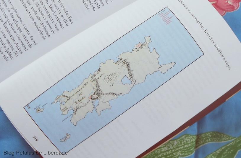 Resenha, capa, livro, Os-dias-esquecidos, TCF-Ramos, Editora-Kiron, o-conto-das-lendas, fantasia, elfos, tolkien, mapa