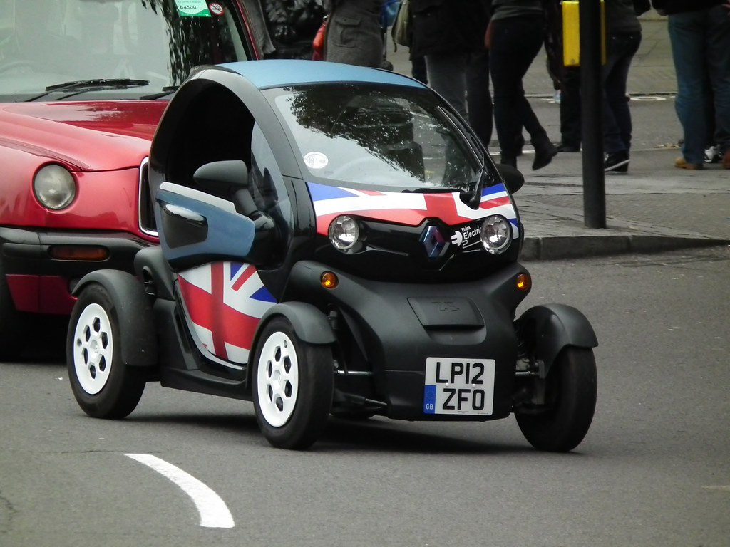 renault twizy 2012 renault twizy ze electric heavy. Black Bedroom Furniture Sets. Home Design Ideas