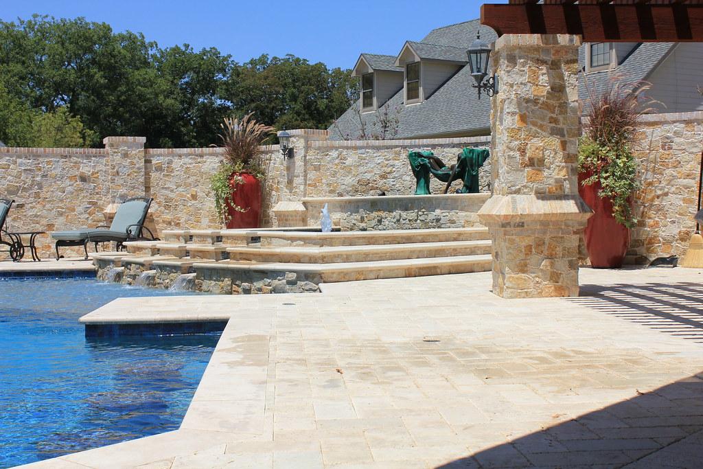 Swimming pool designers dallas for Pool design dallas