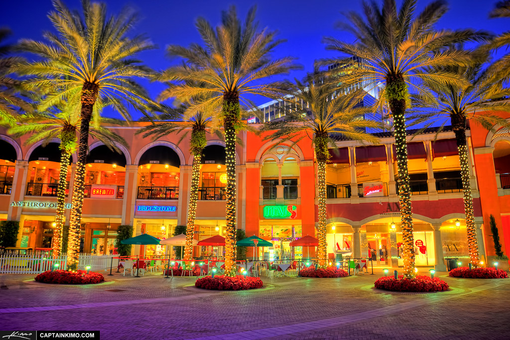 ... Downtown-West-Palm-Beach-at-Cityplace-with-Christmas- - Downtown-West-Palm-Beach-at-Cityplace-with-Christmas-Light… Flickr