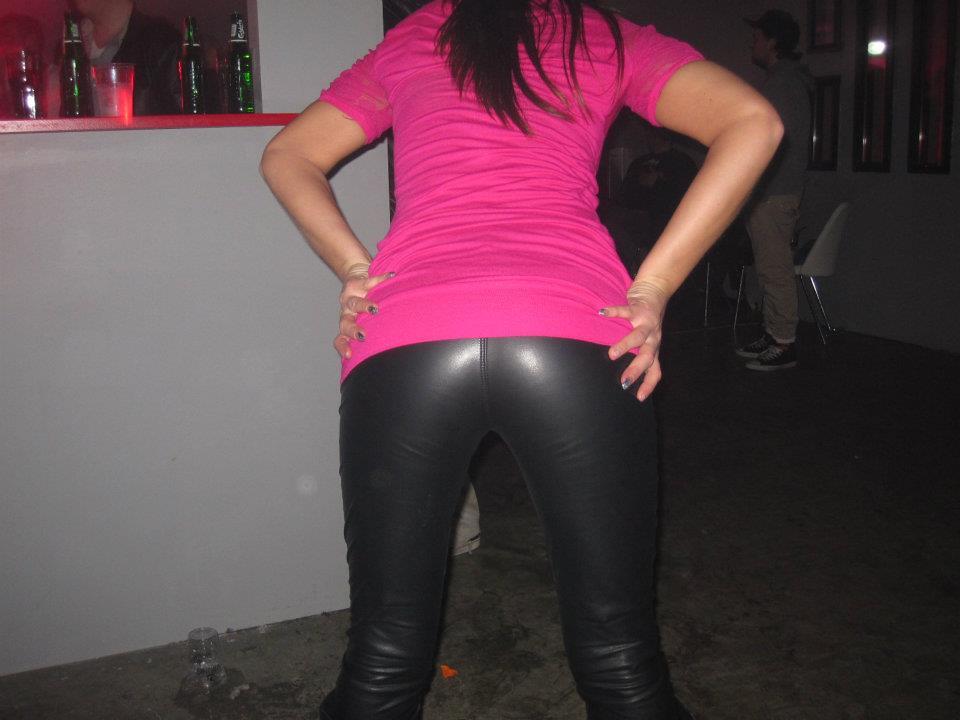 Ass Pants 77