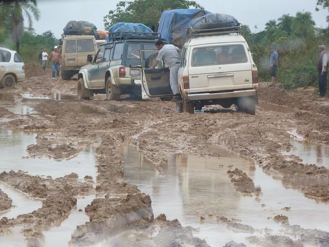 Carretera embarrada de Rurrenabaque a Santa Rosa (Bolivia)