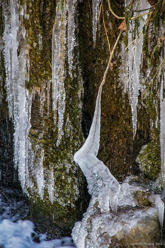 Agua helada de la Resclosa del Molí del Mir