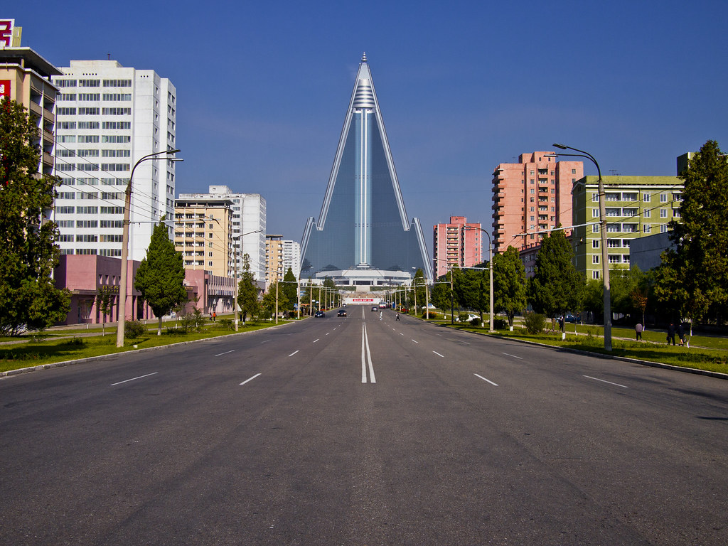Pyongyang The 105 Floor Ryugyong Hotel Is The Most Ugly