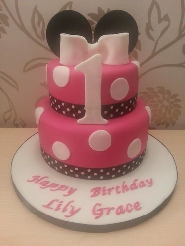 tier Minnie Mouse Birthday cake  by Pam-Cakes