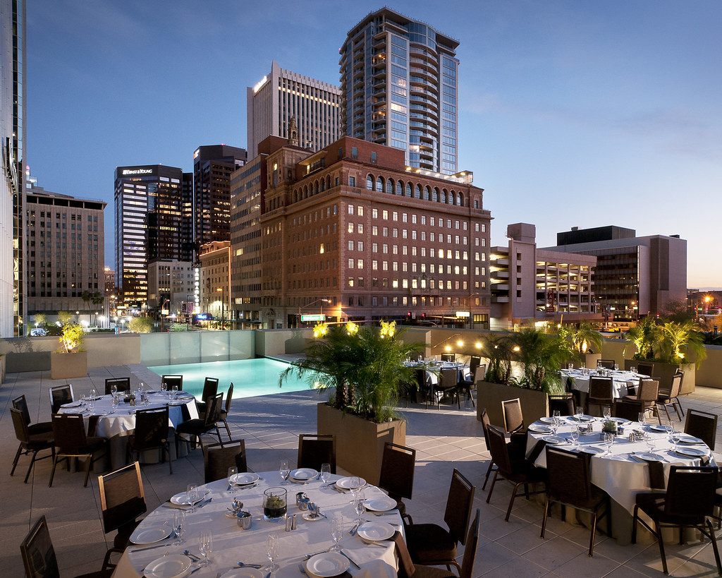 The westin phoenix downtown lapis pool terrace evening b for Hotels 85016