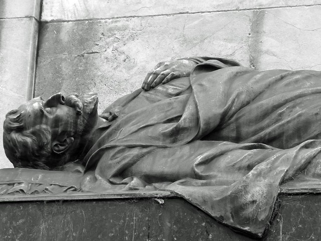 Estatua del cementerio de La Recoleta (Buenos Aires)