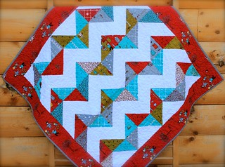 Little Apples ZigZag Quilt with Border | by CoraQuilts~Carla