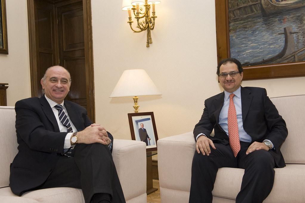 El ministro del interior jorge fern ndez d az se re ne c for El ministro del interior