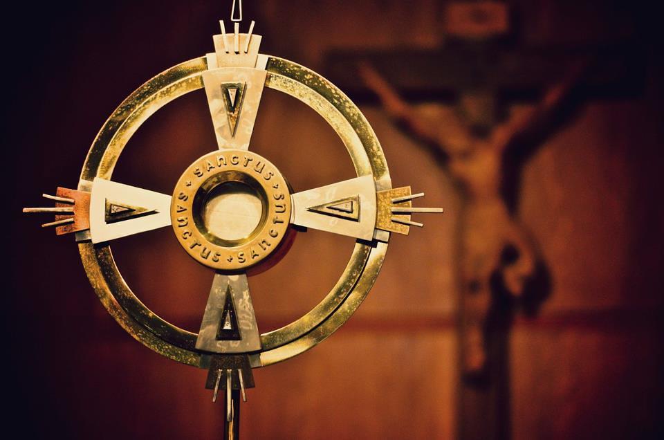 Nền Tảng Của Bí Tích Thánh Thể