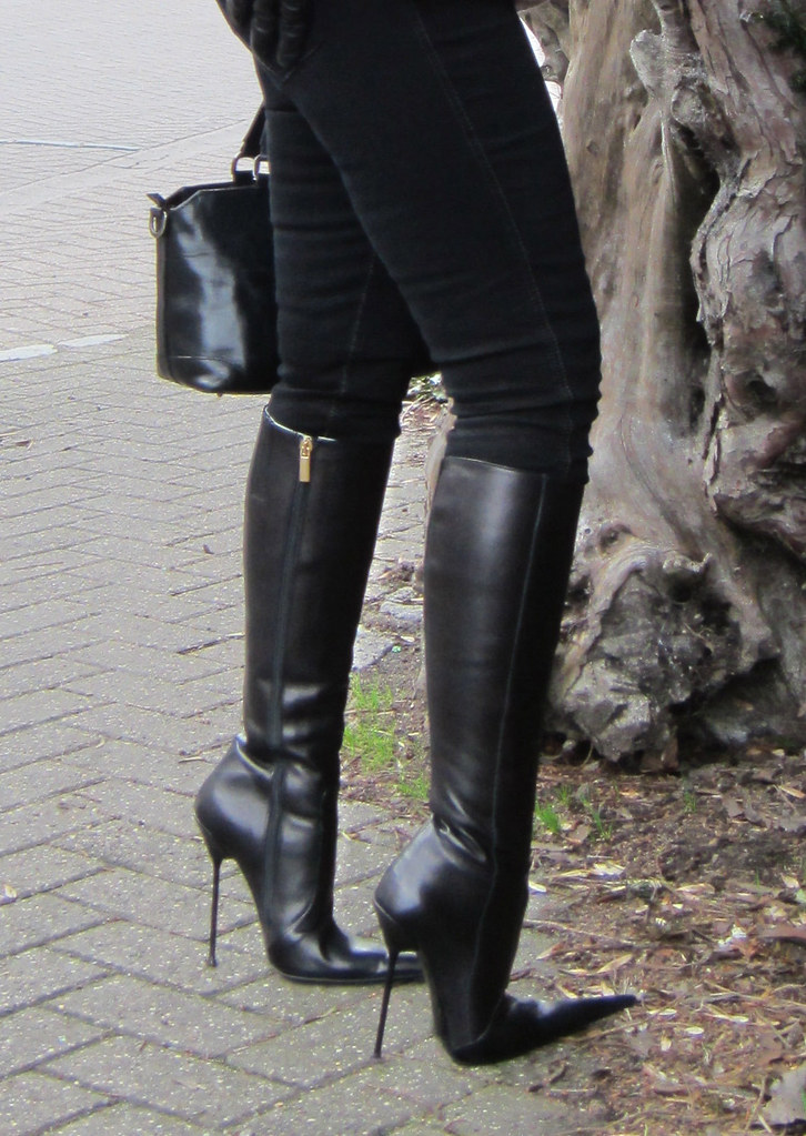 Extreme Point Ultra-High Black Leather Stiletto Boots by R ...