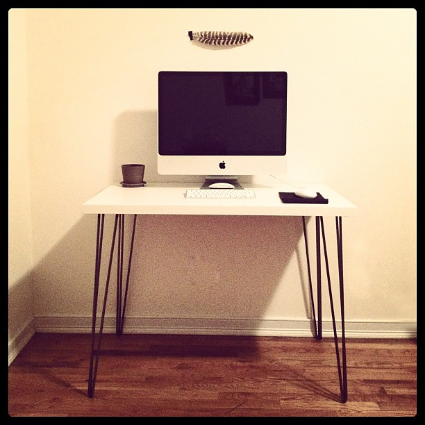 ikea hack new desk with hairpin legs alyssa campbell flickr. Black Bedroom Furniture Sets. Home Design Ideas