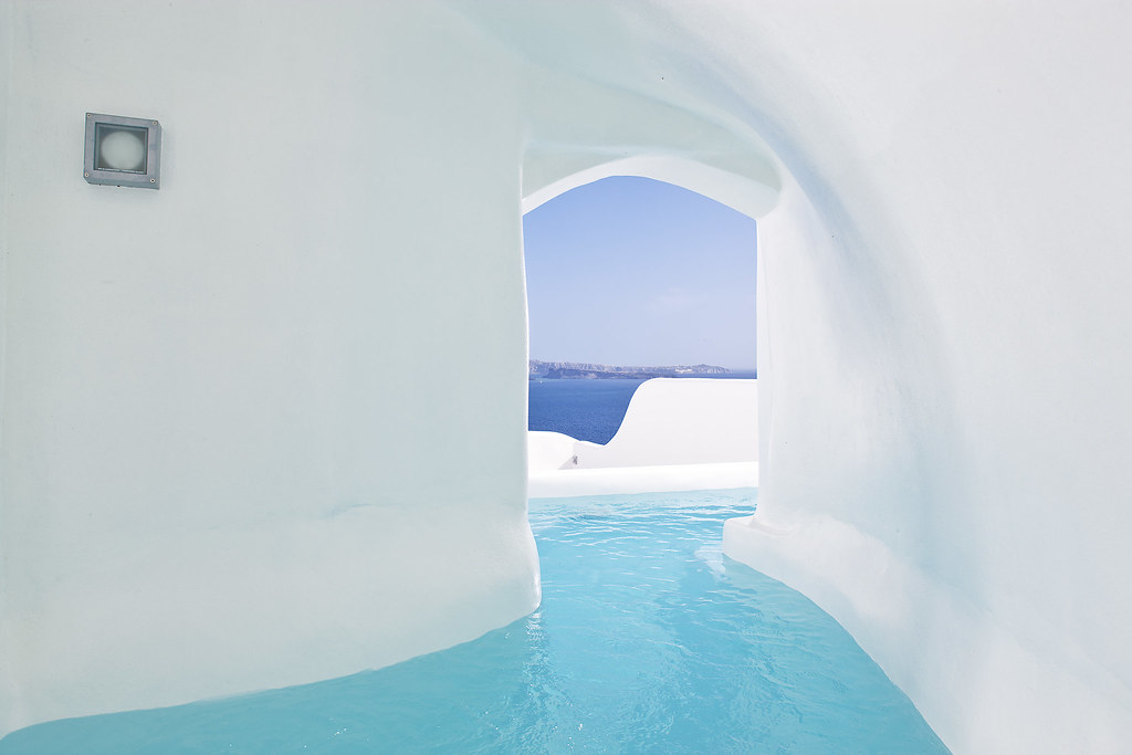 Best Hotels In Santorini With Private Pools