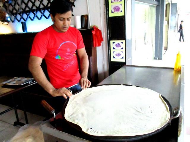 Making roti paratha 1