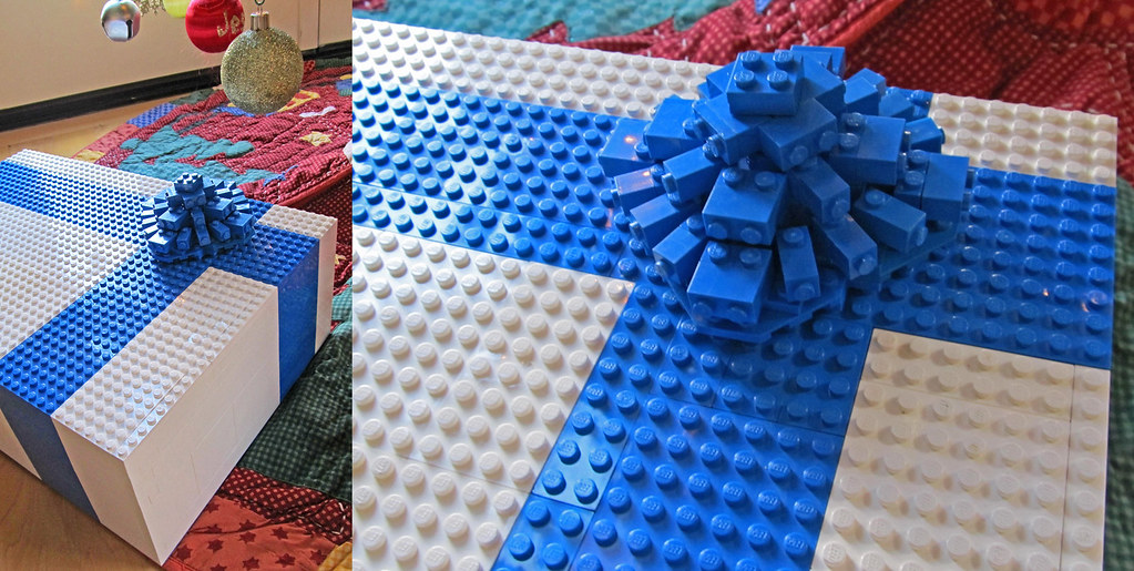 LEGO Gift Box   I've done these before, but did a different …   Flickr