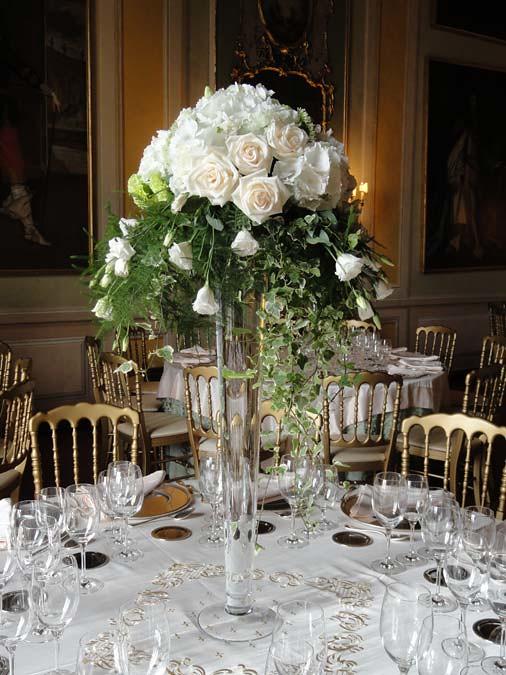 Matrimonio Bed Of Rose : Matrimonio centrotavola con vaso di rose bianche flickr