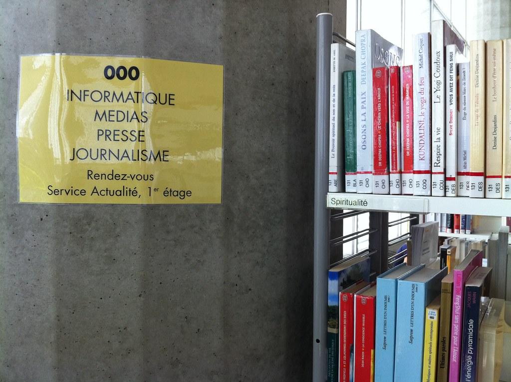 Signalétique de la bibliothèque Mériadeck à Bordeaux