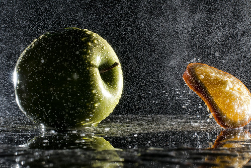 361/366---The Rainy Battle of Kitchen Hill -Apples Vs Oranges | by Catch-light