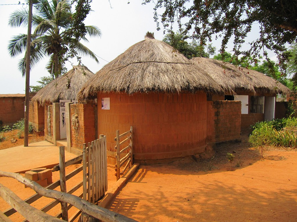 traditional african architecture, craft centre / centre ar… | flickr