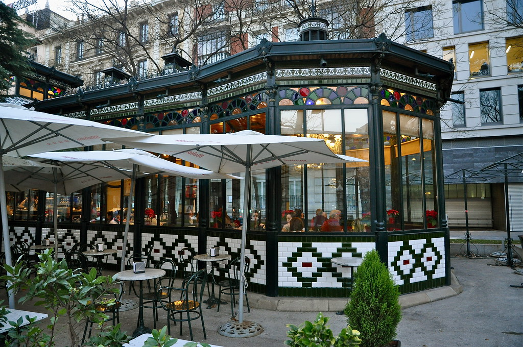 Caf restaurante el pabell n del espejo paseo de recoleto for Restaurante el jardin madrid