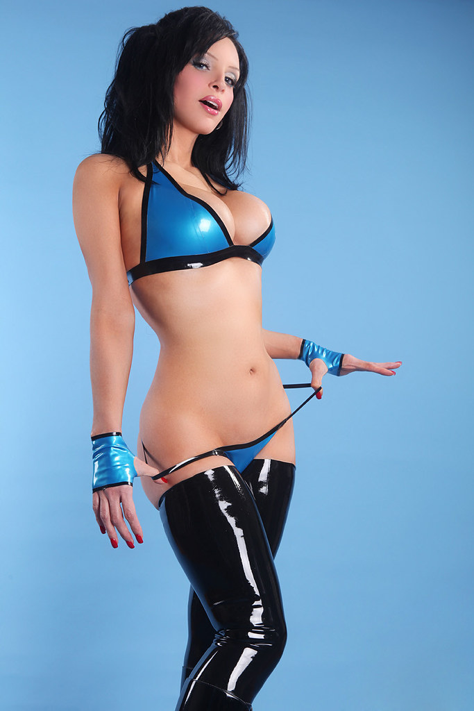 elite models free gals latex 133 thesexywitch flickr