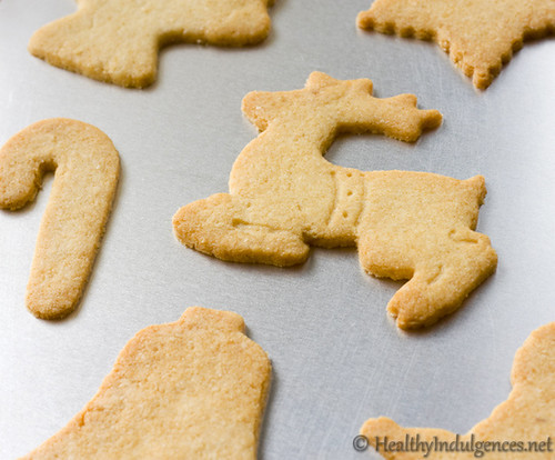 Sugar-Free Sugar Cookies (Gluten-Free, Low Carb) for the holidays | by HealthyIndulgencesBlog