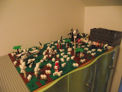 Lego star wars droid base on yavin iiii i 39 m just some guy you know flickr - Lego star wars base droide ...