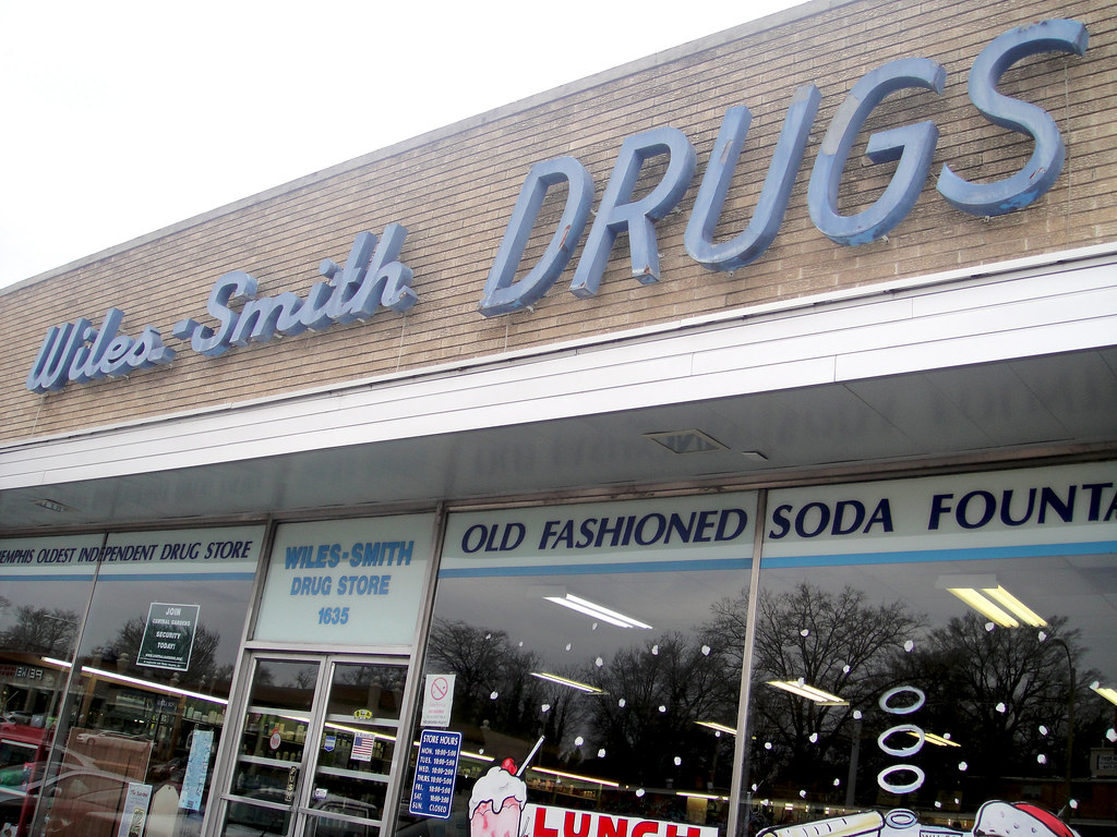 Smith's Food & Drug Centers, Inc. was founded in in Brigham City, Utah, United States by Lorenzo J. Smith. Now a subsidiary of The Kroger Company, it is a prominent regional supermarket chain operating in the Southwest and Northwest. After completing a merger with Portland-based Fred Meyer in , Fred Meyer was in turn acquired by Cincinnati-based Kroger in , making Kroger the.