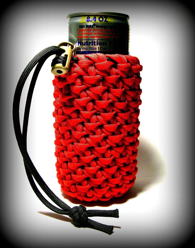 Red bull paracord can koozie chain sinnet paracord for Paracord koozie how to make