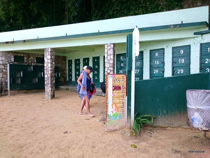 Dunn's River Falls locker rentals