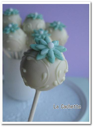 white cake pops2 i need to be practiced more la cachette flickr. Black Bedroom Furniture Sets. Home Design Ideas