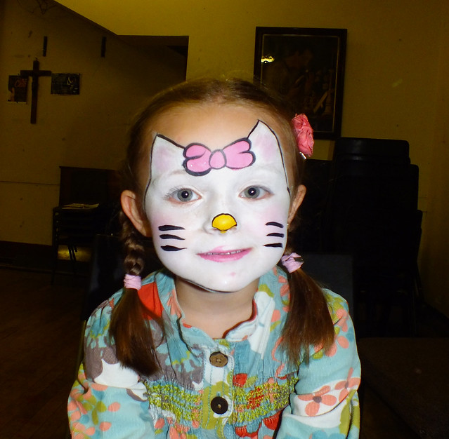 hello kitty face painting flickr photo sharing. Black Bedroom Furniture Sets. Home Design Ideas