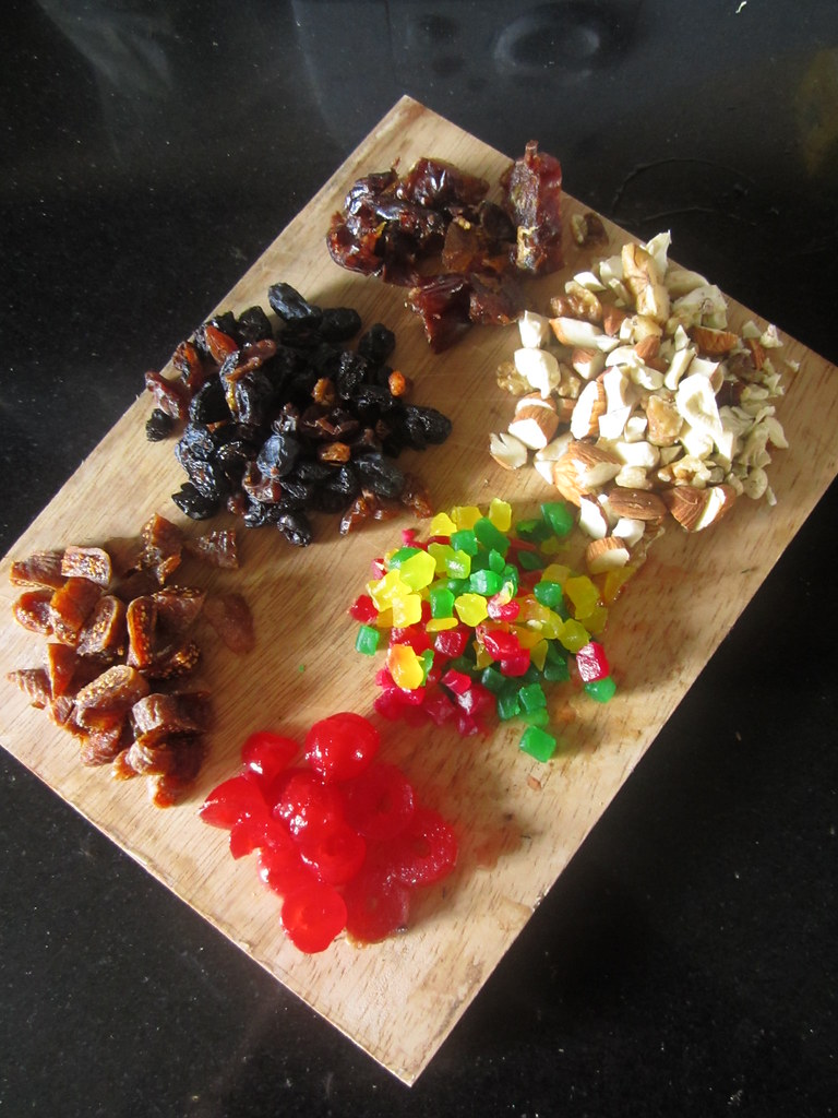 Christmas Fruit Cake Recipe For Small Cake Tins