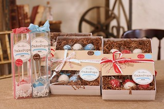 Holiday Cake Pop Gift Sets! | by Sweet Lauren Cakes
