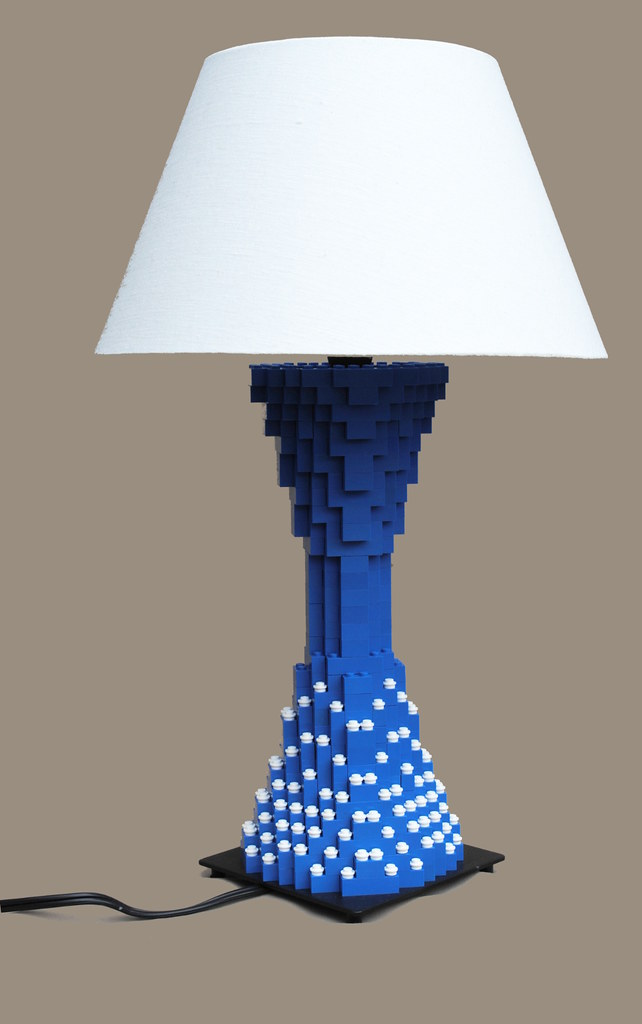 Exceptional LEGO Lamp | By Joshua Christenson LEGO Lamp | By Joshua Christenson